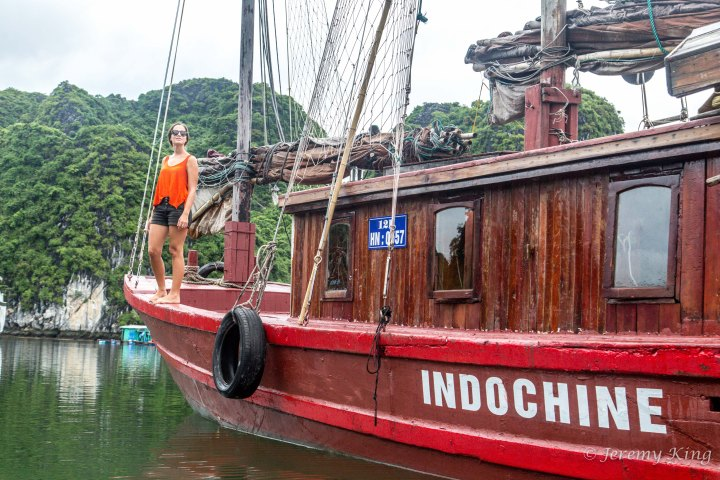 Halong Bay cruise aboard classic sailboat Indochine