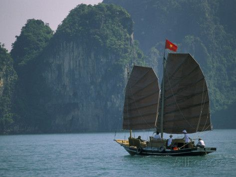 02 Days - Bai Tu Long Bay, the bay less traveled in Halong Bay