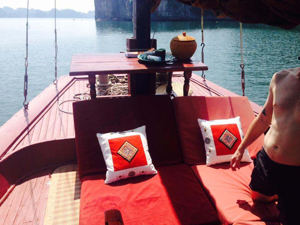 Authentic overnight cruise on Indochine sailing junk 4