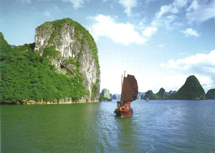 Cruise off beaten tracks on a day trip aboard Indochine sailing Junk in Lan Ha & Halong Bay 1