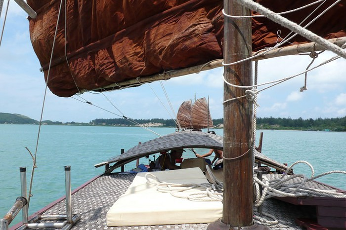 Cruise off beaten tracks on a day trip aboard Indochine sailing Junk in Lan Ha & Halong Bay 2