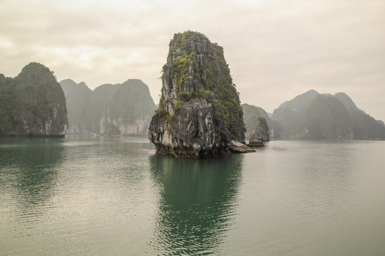 Discover Lan Ha Bay, Viet Hai Village and Cat Ba Island with overnight at local homestay in National Park 4