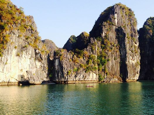 Experience Lan Ha bay and Halong beyond the ordinary 2