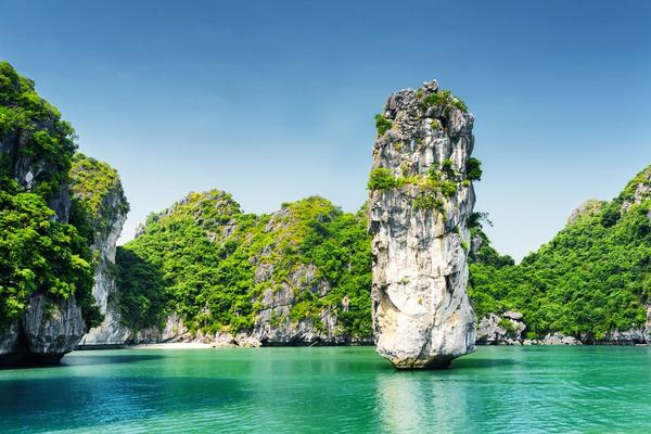 Experience Lan Ha bay and Halong beyond the ordinary 4